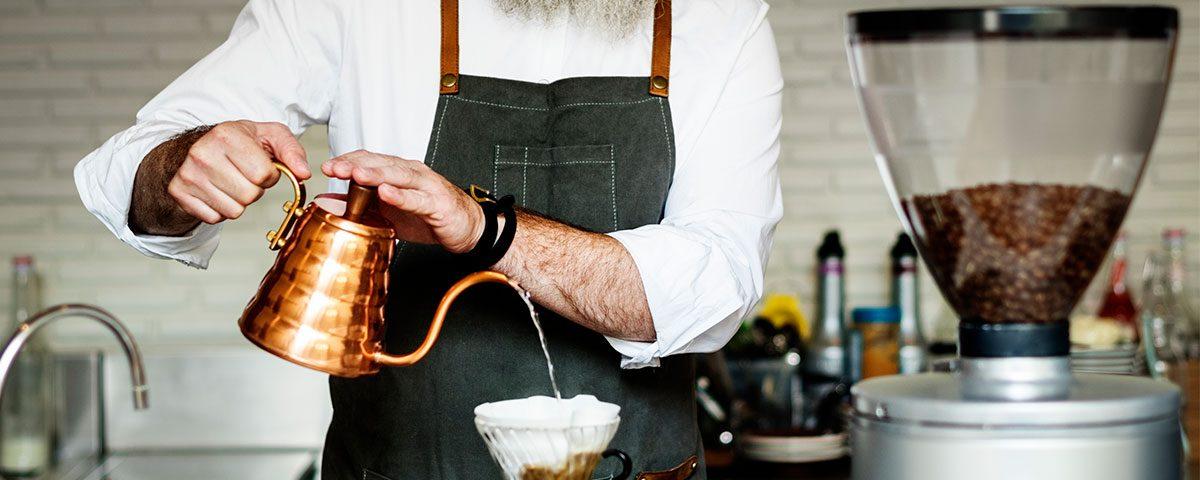 4 motivos pelo qual você precisa testar a água antes de fazer um café!