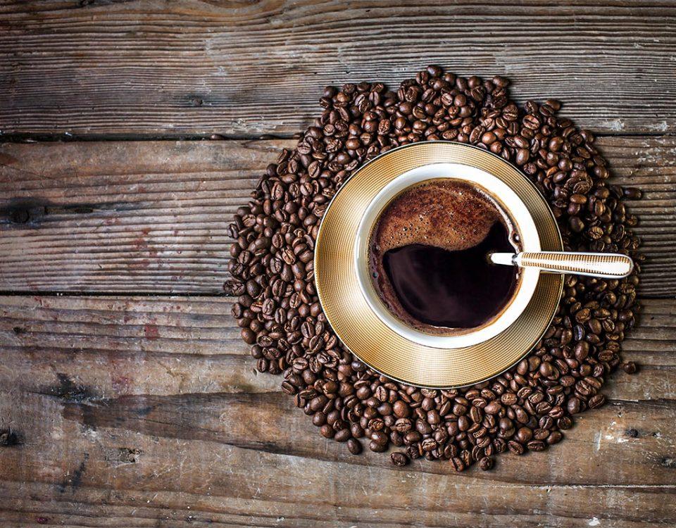 Da fazenda para sua xícara O processo de beneficiamento do café