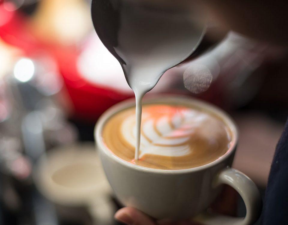 Latte Art Saiba mais sobre esta técnica que conquista cada vez mais os amantes de café